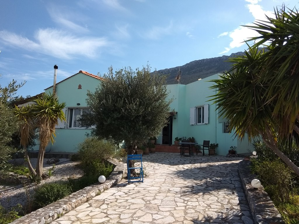 Bungalow in Kokkino Chorio with sea view
