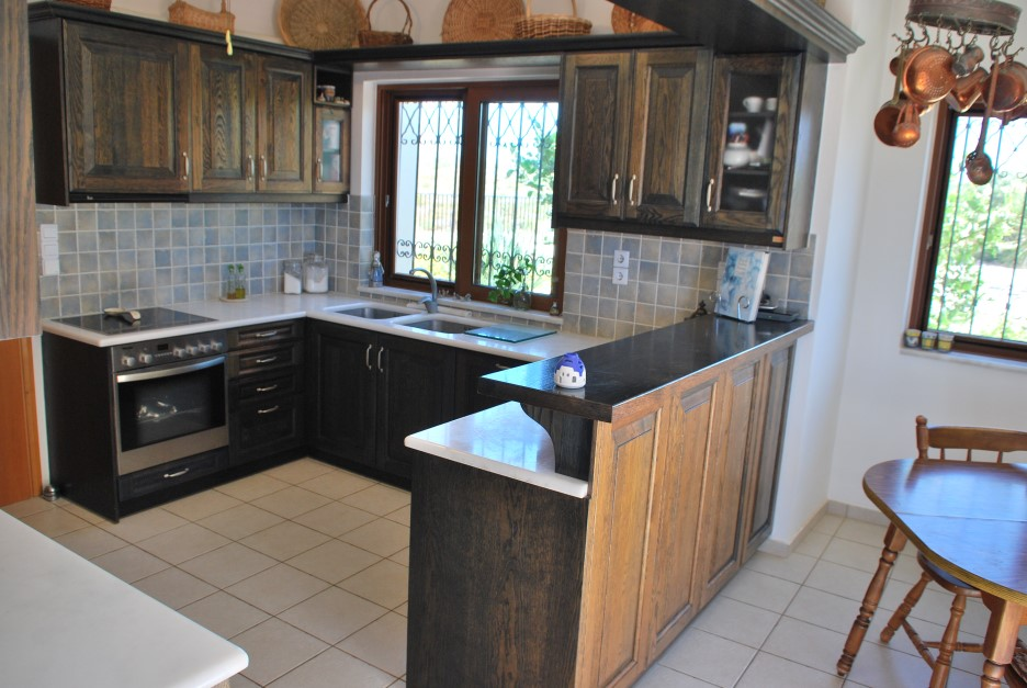 Luxury-villa-for-sale-Stavros-Akrotiri-Chania-Crete-fitted-kitchen-acfecfcf