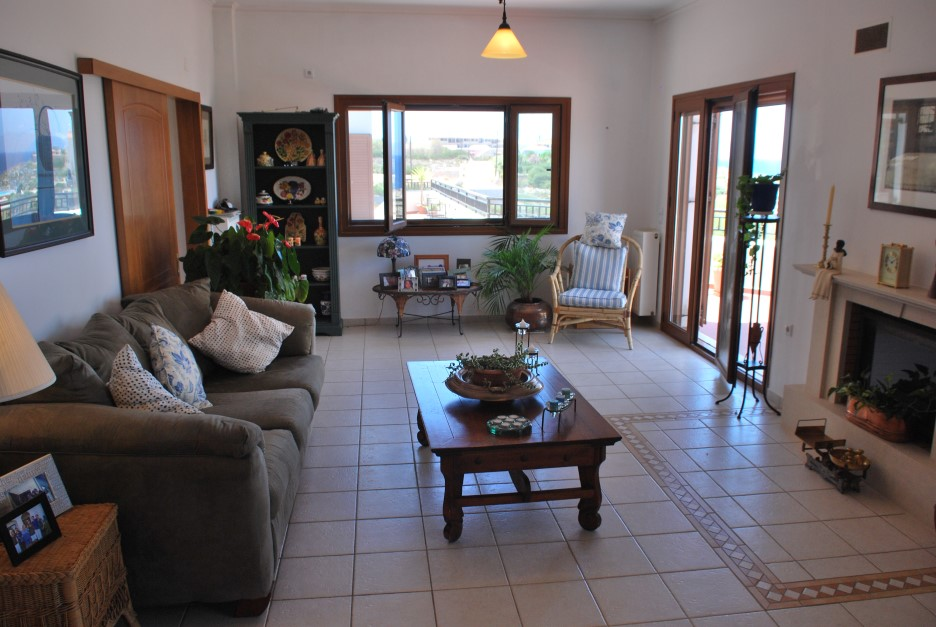 Luxury-villa-for-sale-in-Akrotiri-Chania-Crete-living-area-70361737