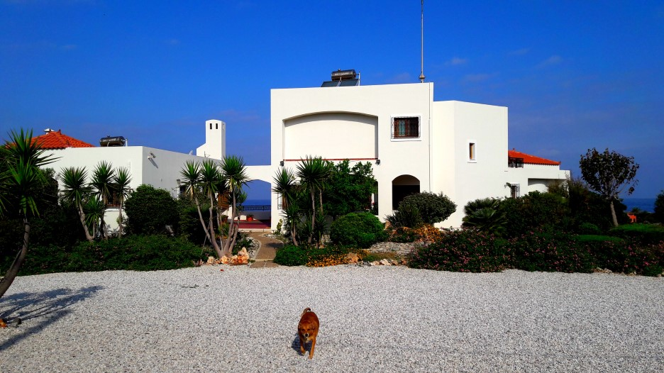 Luxury-villa-for-sale-in-Chania-Crete-by-the-sea-16a0afc6