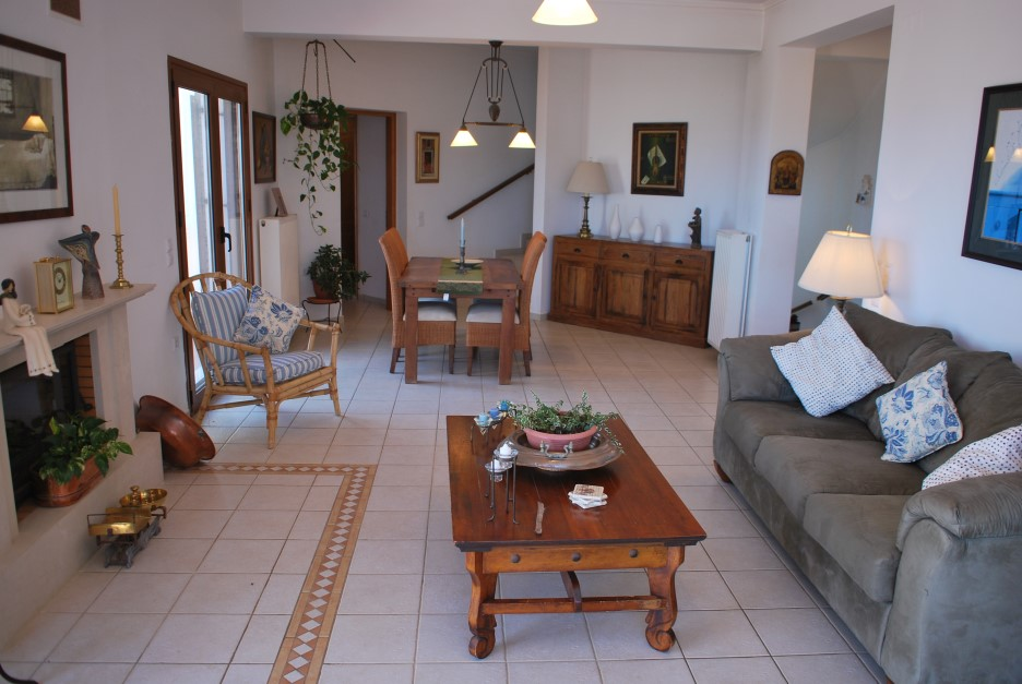 Luxury-villa-in-Stavros-Akrotiri-Chania-Crete-for-sale-living-dining-area-a8970bd5