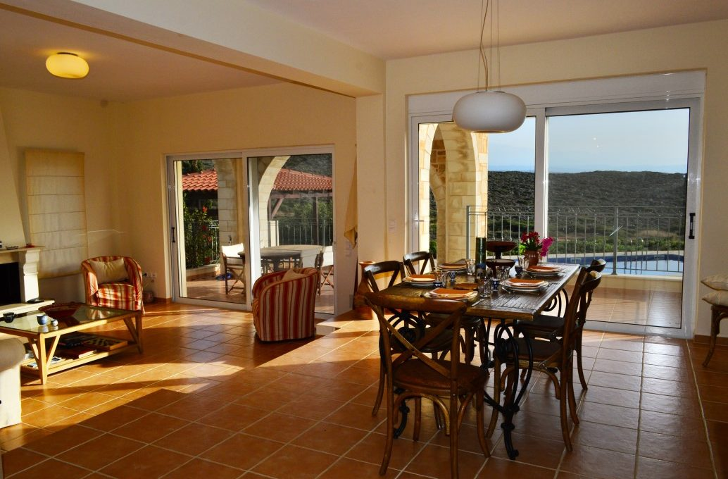 luxury-house-in-Akrotiri-Chania-Crete-for-sale-dining-room-0783d2a9