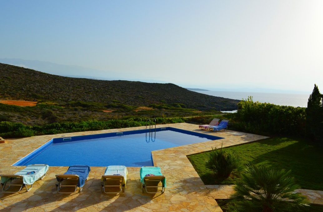 luxury-villa-for-sale-in-Akrotiri-Chania-with-sea-views-and-pool-532241c6